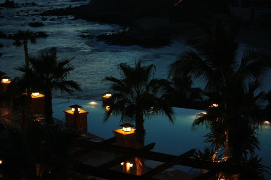 Welk Resorts Sirena Del Mar: looking down at the pool