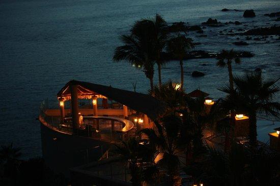 Welk Resorts Sirena Del Mar: looking down at the pool deck area
