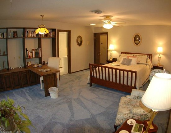 The Inn at Bella Vista: Blue Room Upstairs