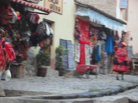 ChocoMuseo Ollantaytambo: feira da Plaza de la Ruínas