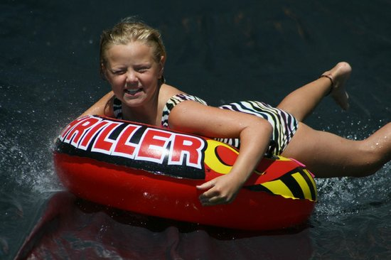 Eagle Nest Lodge: Fun on our weekly water slide!