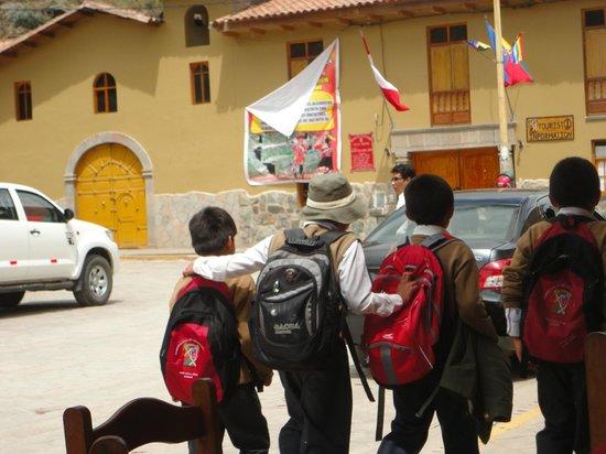 Plazoleta Aracama: Companheiros!