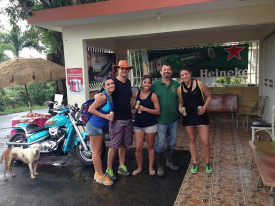 Pr4less Tours Adventure: The gang with Rafael