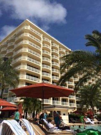 JW Marriott Marco Island Beach Resort: View of hotel