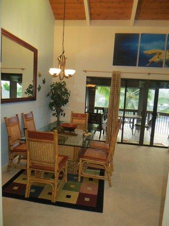 Kanaloa at Kona : Dining area