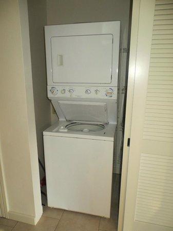 Kanaloa at Kona: Washer & Dryer