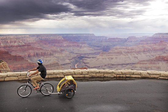 Bright Angel Bike Rentals and Tours : Come rain or shine the canyon is gorgeous!