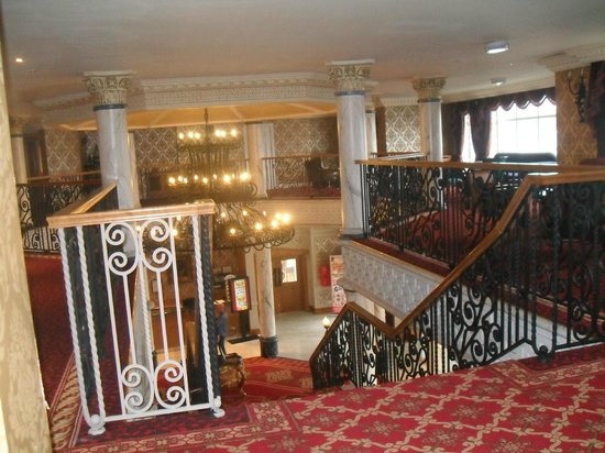Clanree Hotel: Hotel stair case