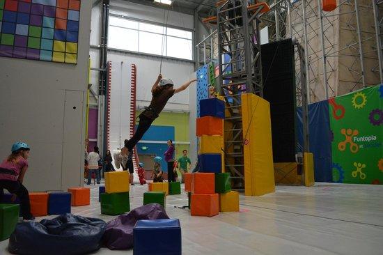 Sender One Climbing : Block Jumping