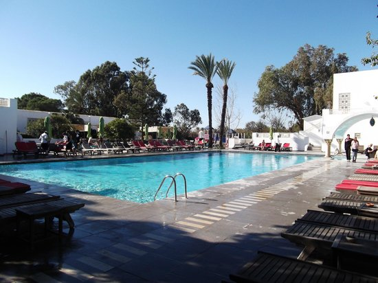 The Orangers Beach Resort & Bungalows: Outdoor Pool