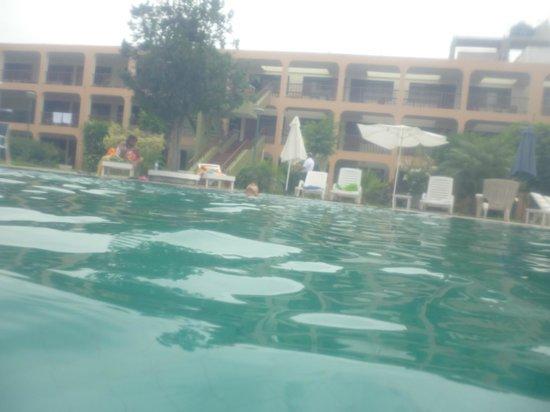 Hotel Villa de Valverde: vista desde la piscina