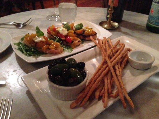 Toto' Ristorante: Our starters which were delicious!