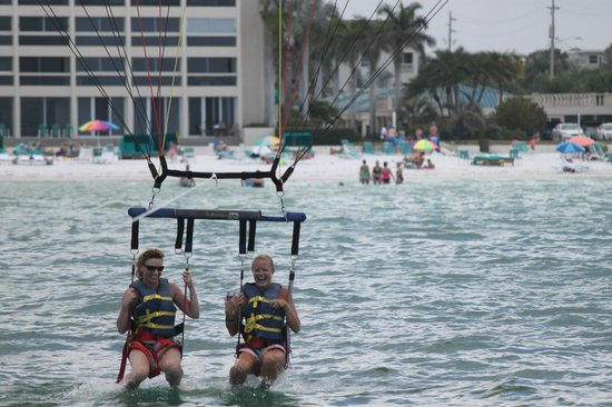 Parasail Siesta: mom and daughter