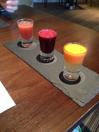Rockliffe Hall: Our Welcome drinks - yummy veg juice