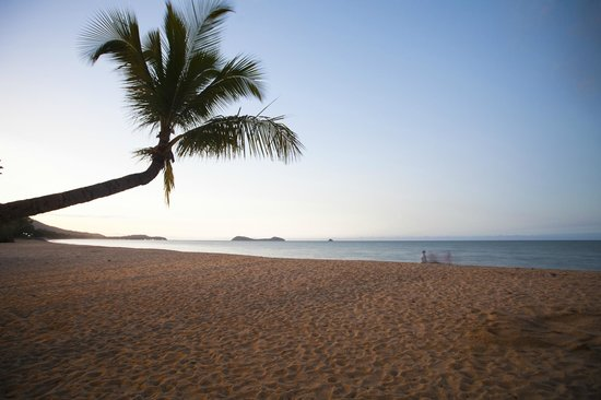 Kewarra Beach Resort & Spa: View over to Double Island and Palm Cove