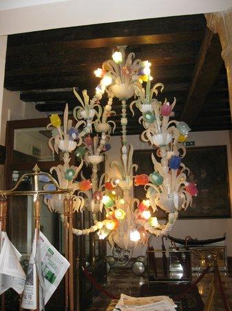 Hotel Giorgione: Hall hotel : a voir !