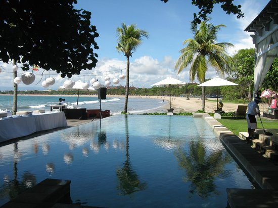 Bali Garden Beach Resort : Lovely view of beach