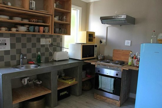 The Backpackers in Green Point : Second kitchen on 2nd floor