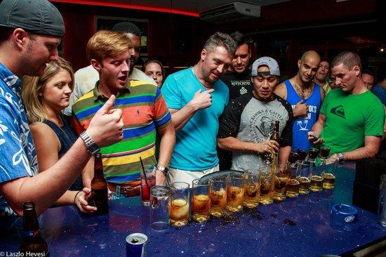 Atlantis Sports Lounge: Jagerbombs