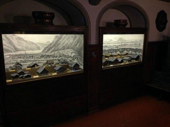 Gletschergarten: collection of swiss houses
