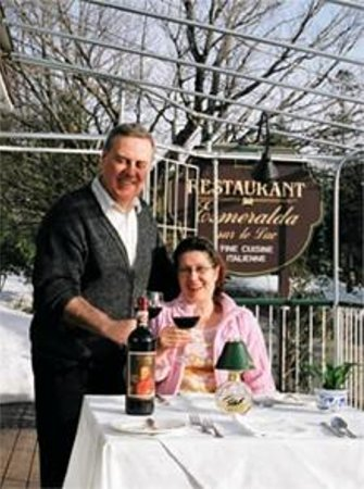 Restaurant Esmeralda Sur-Lac: Enrico & Albina welcome you!!