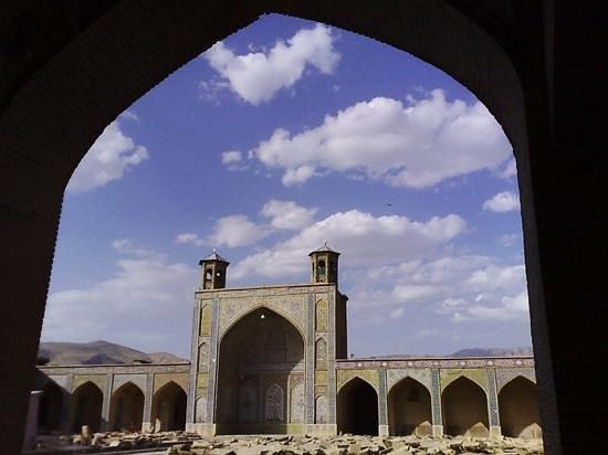 Sheikh-Lotfollah: 美麗!