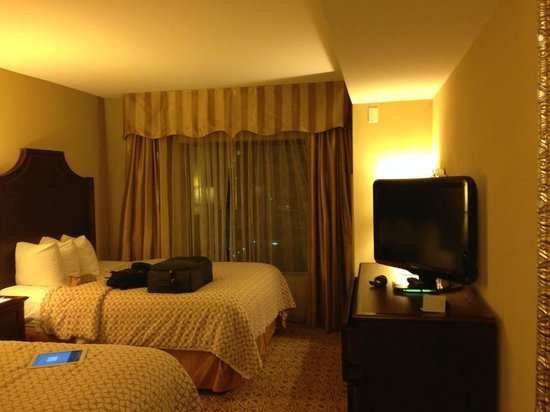 Embassy Suites by Hilton San Antonio Riverwalk-Downtown: Quarto