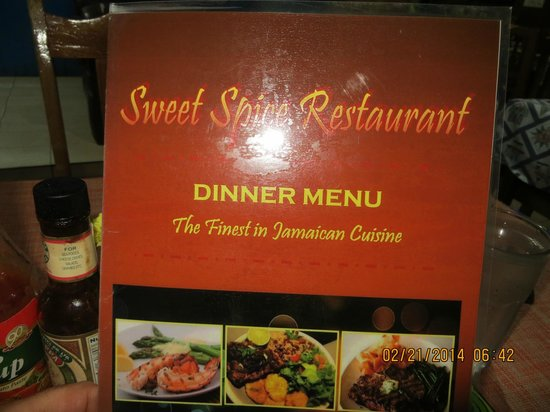 Sweet Spice Restaurant: Front of Place