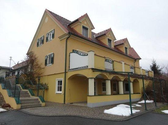 Ferienhof Uhudler Arkaden
