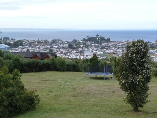 Krause Lodge: View of Puerto Varas, Lago Llanquihue and the trampoline