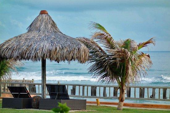 Hotel Vila Selvagem: Vista direta da varanda do bangalô luxo