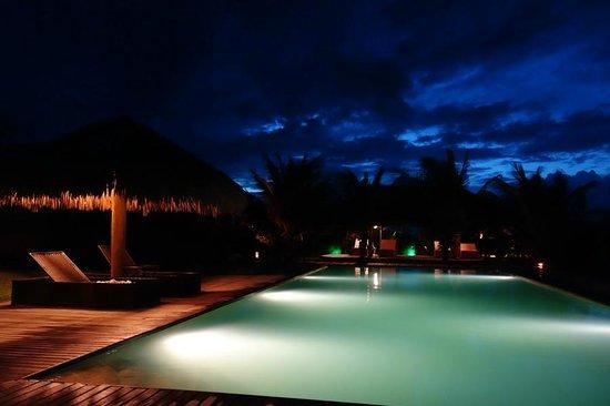 Hotel Vila Selvagem: Área da piscina central do hotel