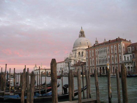 SINA Centurion Palace: Hotel Centurion al tramonto ( photos 24.02.2014 )