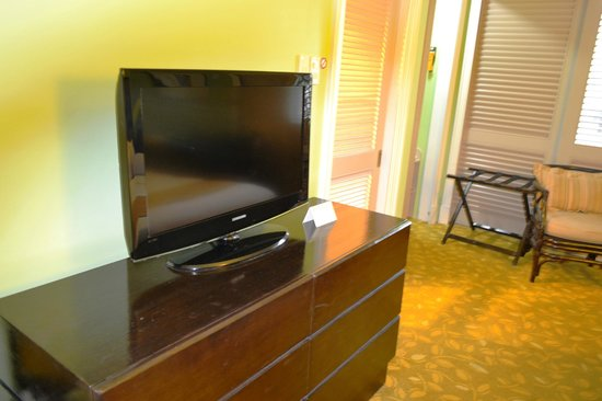 Quest Hotel and Conference Center Clark: TV
