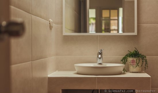 Bali Hai Cabarete Townhouses: bathroom