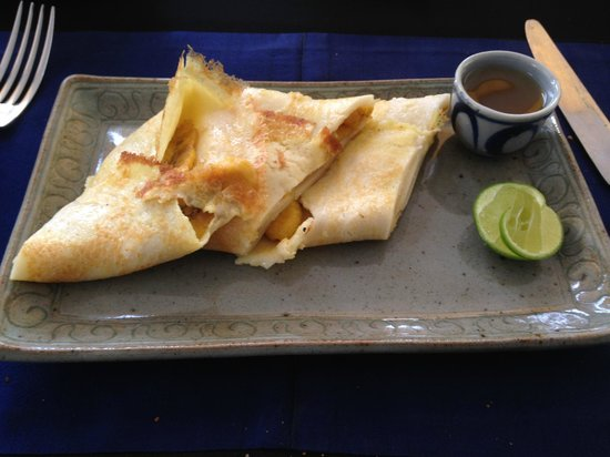 Sojourn Boutique Villas: Banana crepes for breakfast