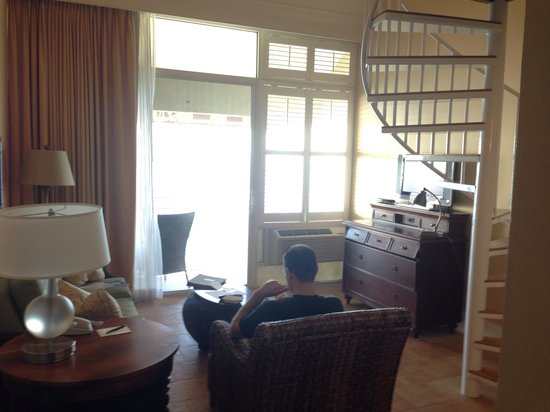 Pier House Resort & Spa: Downstairs of the king oceanfront suite