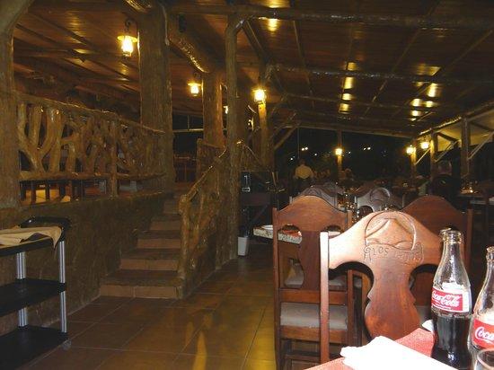 Los Lagos Hotel Spa & Resort: Parte del restaurante. Es mucho más amplio.