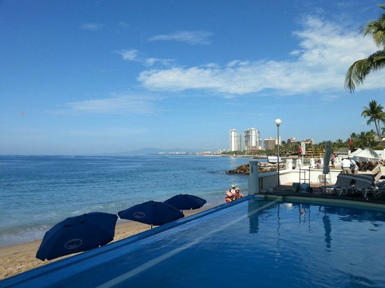Plaza Pelicanos Grand Beach Resort: Vue sur la mer