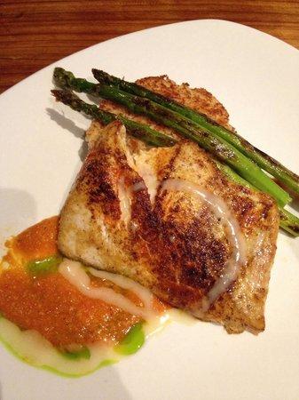 Duke's Kauai : Monchong fish with risotto, asparagus.