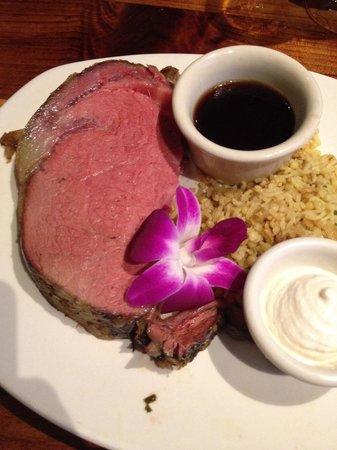 Duke's Kauai : Duke's tender prime rib.