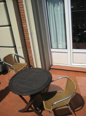 Senator Gran Via 70 Spa Hotel: terraza