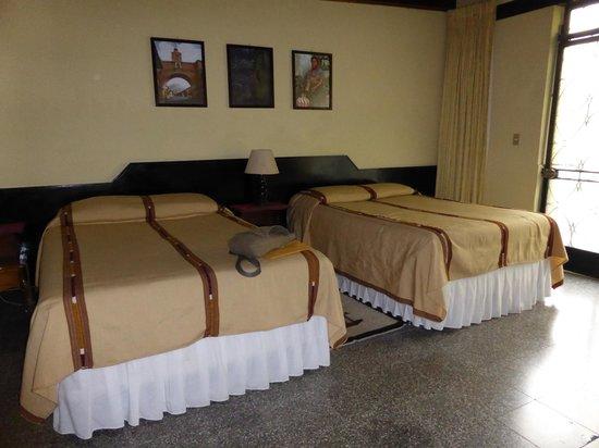 Hotel Cacique Inn: Chambre 12