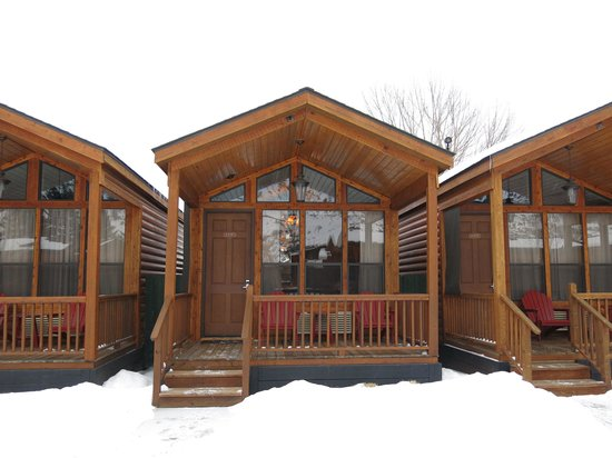 Rustic Inn Creekside Resort and Spa at Jackson Hole: Our cabin with Porch!