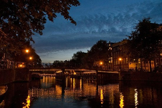 Taken from a house-boat on the Singel canal