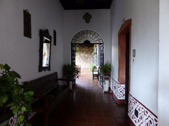 Hotel Posada de Don Rodrigo: couloirs de l'hotel