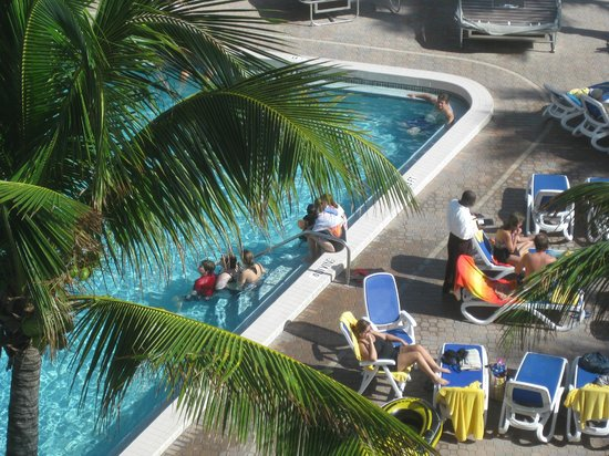 Ocean Sky Hotel & Resort : view from elevator