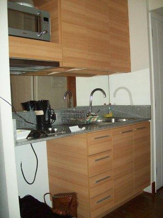 Diamond Suites: COCINA