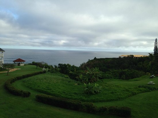 The Cliffs at Princeville: Unobstructed view of the Pacific from lanai