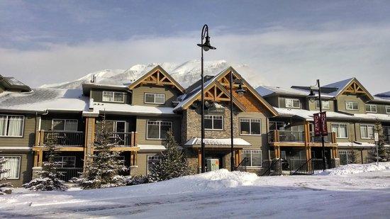Copperstone Resort: Facade of Hotel